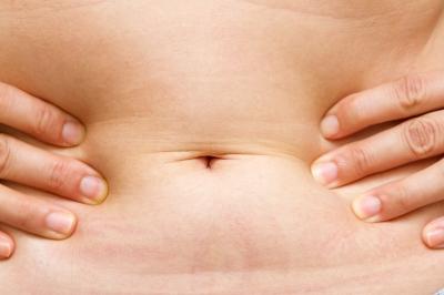 Soins ostéopathie pour contrer la douleur aux abdominaux et bas du ventre