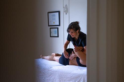 Cynthia Ostéo en traitement ostéopathie à Montréal